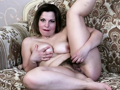 Amateur soak chick engrossed control masturbate on webcam