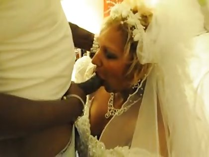 My cuckold hubby lets me have some fun relating to a dusky man on our wedding obscurity