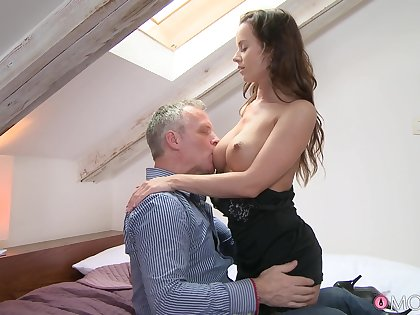 Unruffled sex between a handsome dude and a sexy model Cindy Dollar