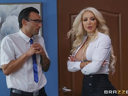Big-busted vixen Nicolette Shea hooks up with a lucky gentleman