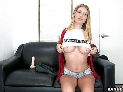 Closeup video of amateur fucking at near fake tinge with Natalia Starr