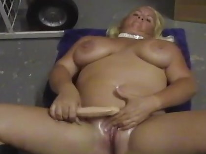 Chubby solo blondie Taylor Foxe takes off panties to masturbate
