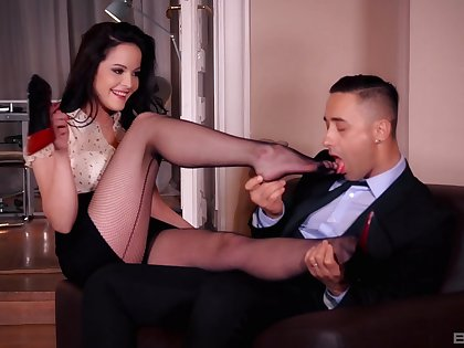 Foot fetish fucking wide desirable brunette secretary Dolly Diore